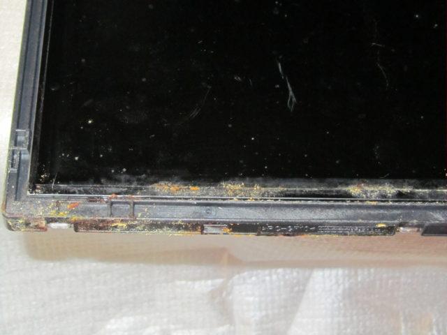 LG - Произведена ,замена рамки матрицы и металлических частей корпуса + очистка от окислов специальными растворами